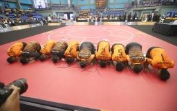 Pasukan Chinlone negara meraikan kejayaan meraih pingat emas pertama di hari pertama Sukan Sepak Takraw dalam acara Chinlone Event 3 di Stadium Titiwangsa .NSTP/ MOHD YUSNI ARIFFIN