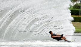 Atlet Waterski & Wakeboard, Muhammad Syahir Asyraf Md Nasir berlatih menjelang Sukan SEA KL2017 di Kompleks Sukan Air, Presint 6, Putrajaya. NSTP/MOHD KHAIRUL HELMY MOHD DIN