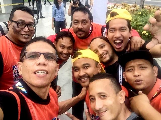 group foto 01.jpg